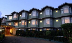 2631759-Galway-Forest-Lodge-Hotel-Exterior-2